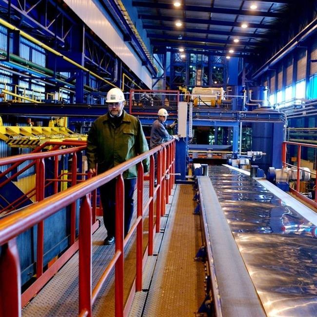 ArcelorMittal pone rumbo a la fortísima resistencia de los 24 euros