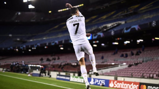 ep archivo   cristiano ronaldo celebra un gol en el partido de champions