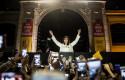 ep cristina fernandezkirchner expresidenta argentina saludandosus seguidoresla presentacionsu libro sinceramente photo nicolas villalobosdpa