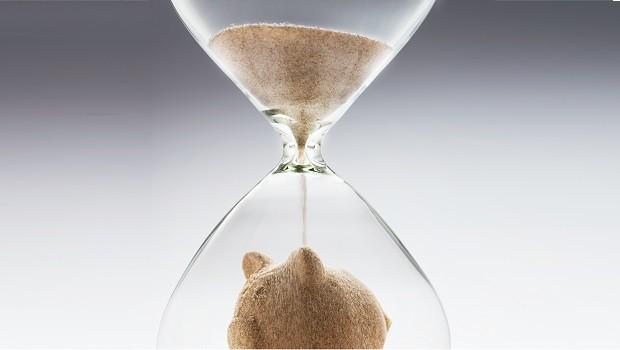 reloj arena ahorro