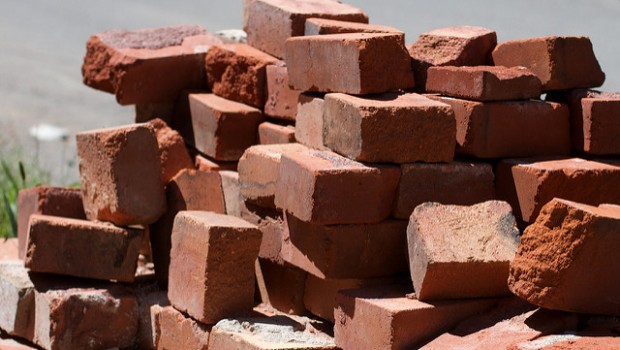 Bricks by Alan Levine (Flickr)