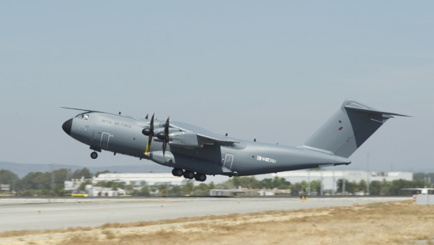 Airbus A400M, defence, RAF, aircraft, military transport