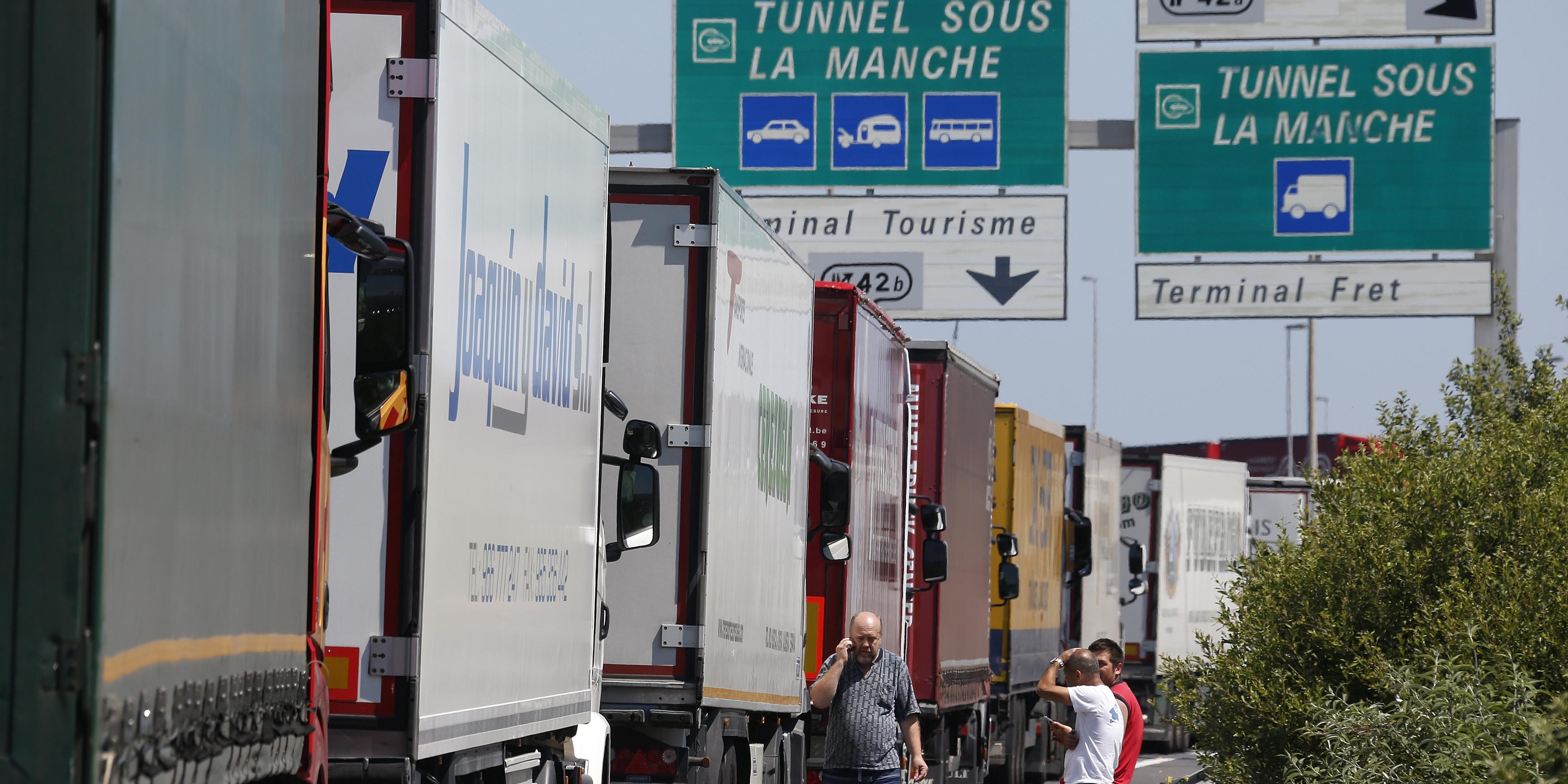 brexit-calais-camions