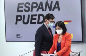 ep la ministra de politica territorial y funcion publica carolina darias y el ministro de sanidad