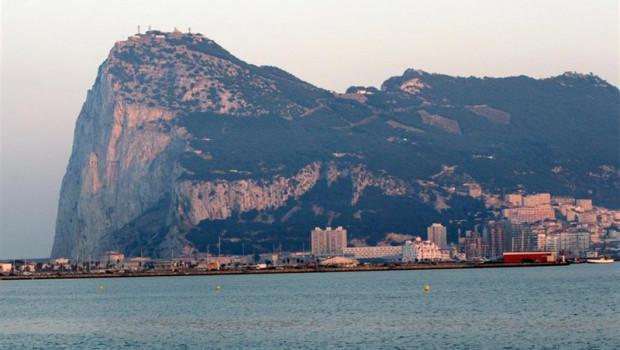 ep sust-gibraltar- gibraltar propone legislardar efectotratado fiscal co