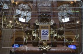ep calendario colocado en el palacio de la bolsa en madrid espana a 22 de enero de 2021