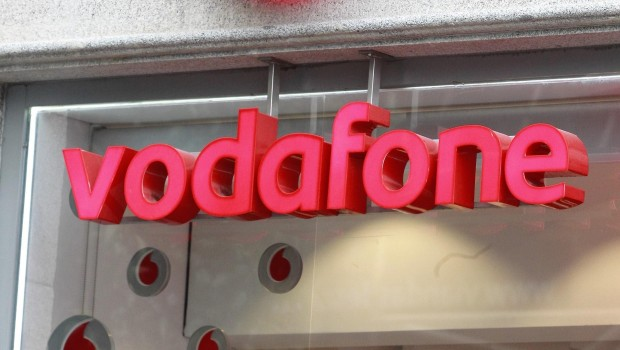 Vodafone Reiterates Outlook Despite Quarterly Revenue Dip