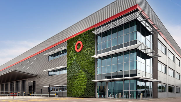 dl segro office business park property offices heathrow ftse