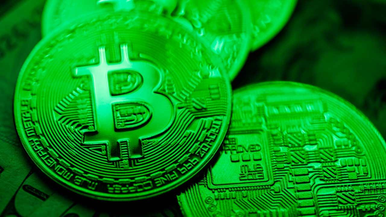 https://img.s3wfg.com/web/img/images_uploaded/4/d/verde-subida-bitcoin.jpg