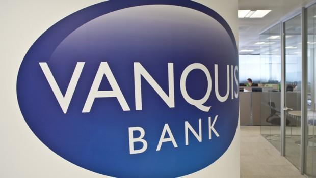 vanquis bank provident financial