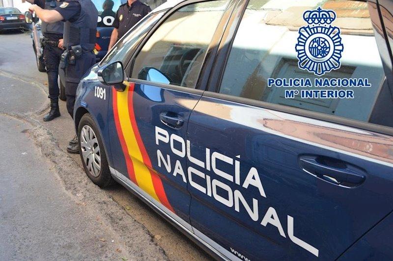 ep imagen de recurso de un coche patrulla de la policia nacional