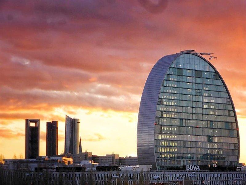 BBVA cerrará sus sedes en España a las 19 horas para favorecer la conciliación