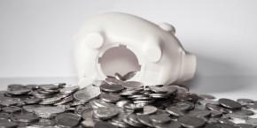 euro-epargne-argent-pieces-billets-tirelire-livret-a-assurance-vie-banque