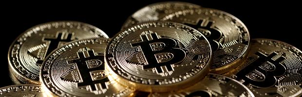 El canal bajista del bitcoin parece trazado con escuadra y cartabón