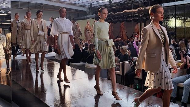 burberry 2019 catwalk models fashion modelos moda pasarela