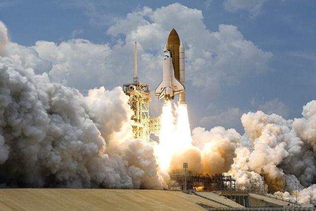 El espacio, cada vez más cerca de ser dominado: el turismo espacial mete la directa