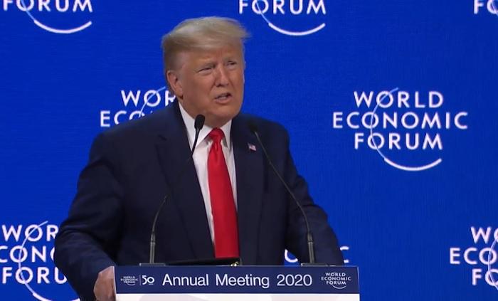 """Trump se reivindica en Davos y mete presión a la Fed: """"Los tipos bajan muy despacio"""""""