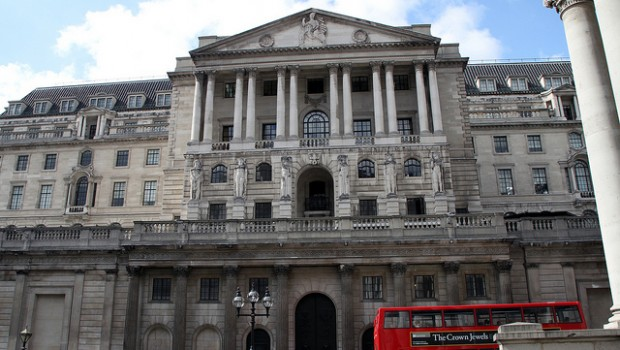 Bank of England by Alex Guibord (Flickr)