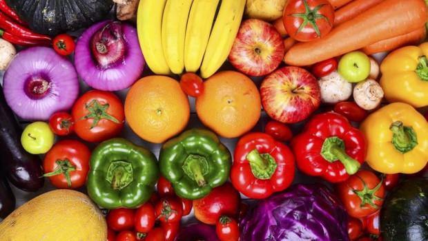 ep frutas y verduras en un mercado