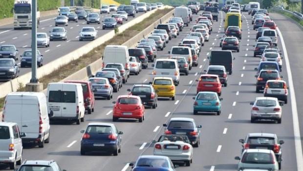 ep trafico atasco coches vehiculos carretera traffic auto motorway pollution