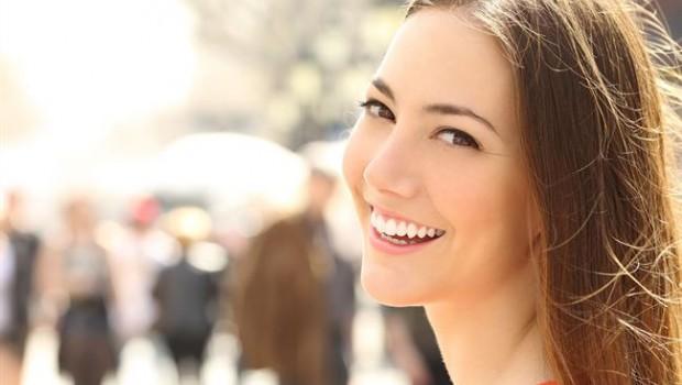 Resultado de imagen para Las personas sonrientes no son siempre las más felices