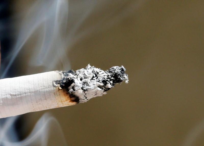 hausse-moyenne-d-un-euro-du-paquet-de-cigarettes-au-1er-mars