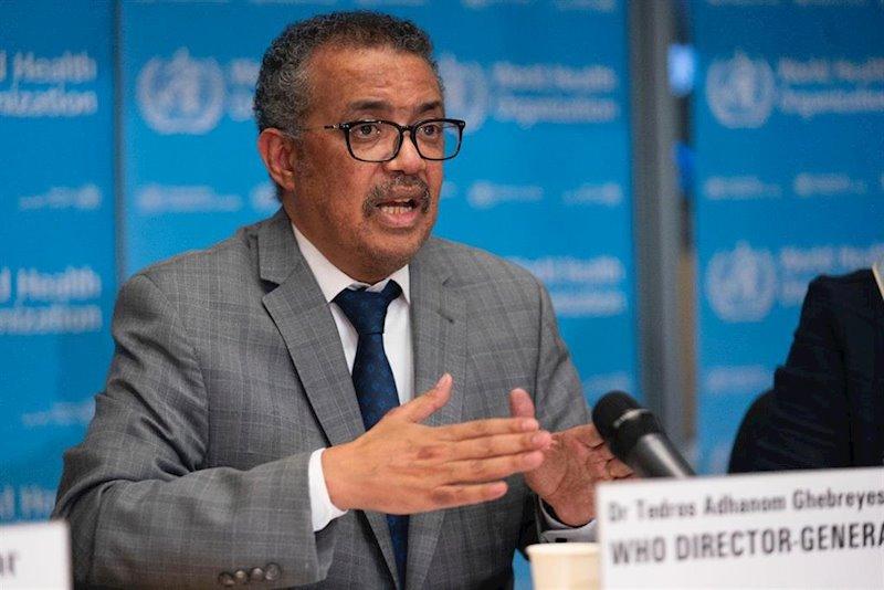 """La OMS eleva la amenaza del coronavirus a un riesgo """"muy alto"""" a nivel mundial"""